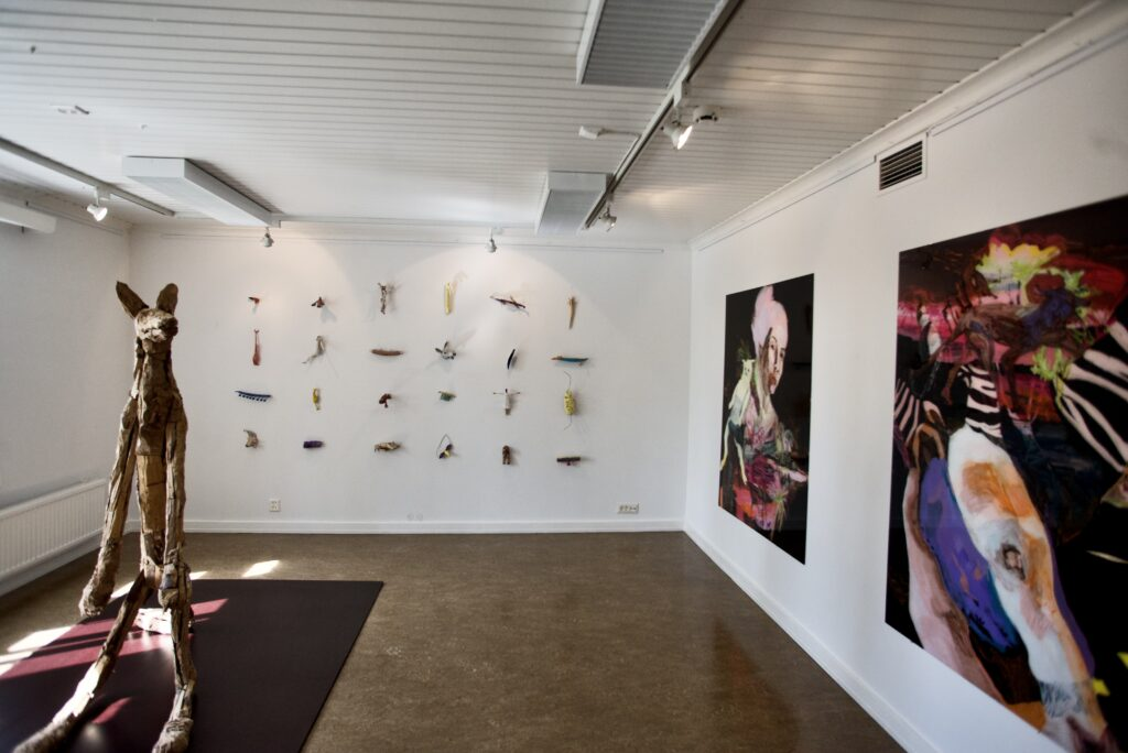 Taidekeskus Järvilinnan näyttelytilat haussa